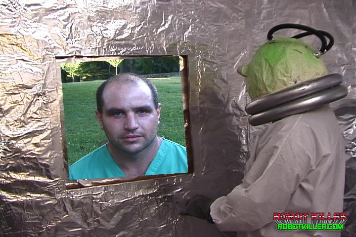 Robot Killer-Male Nurse and Alien